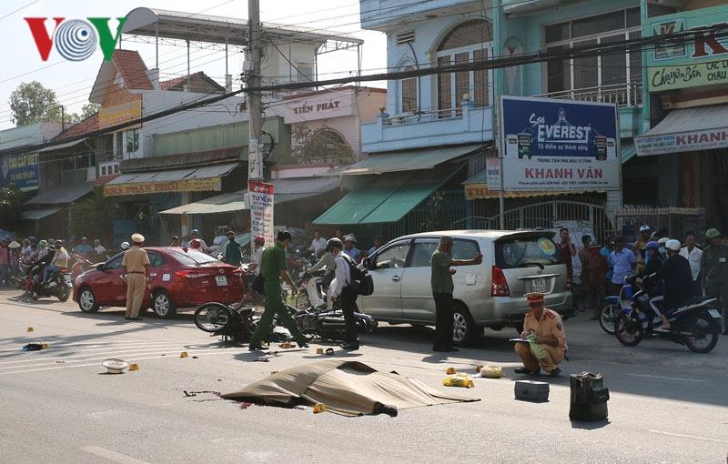 Tai nạn giao thông nghiêm trọng, 2 vợ chồng tử vong tại chỗ Ảnh 1