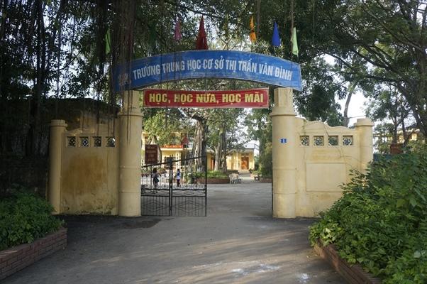 Về vụ cô giáo Trường THCS thị trấn Vân Đình bị tố đánh học sinh: UBND huyện yêu cầu xử lý nghiêm Ảnh 1