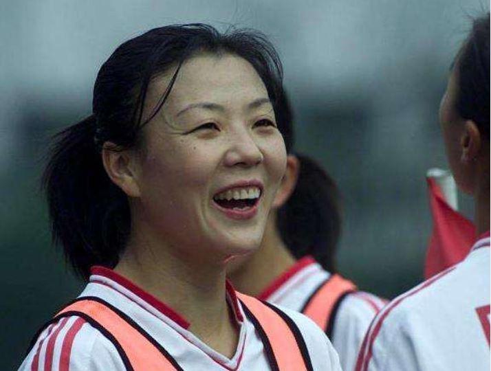 Nữ cầu thủ bóng đá chết vì ung thư phổi, cảnh báo nguyên nhân gây bệnh bất ngờ Ảnh 1