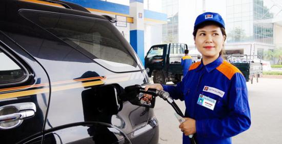 Giá xăng giảm mạnh từ 15h ngày ĐT Việt Nam gặp ĐT Philippines Ảnh 1