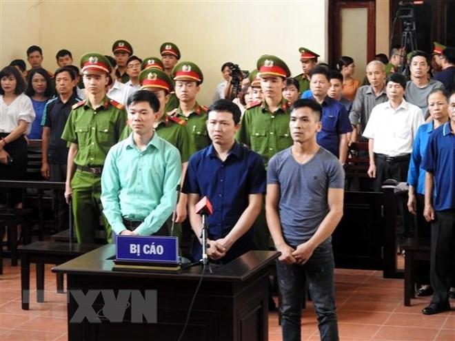 Sự cố chạy thận tại Hòa Bình: Hoàn tất cáo trạng truy tố các bị cáo Ảnh 1