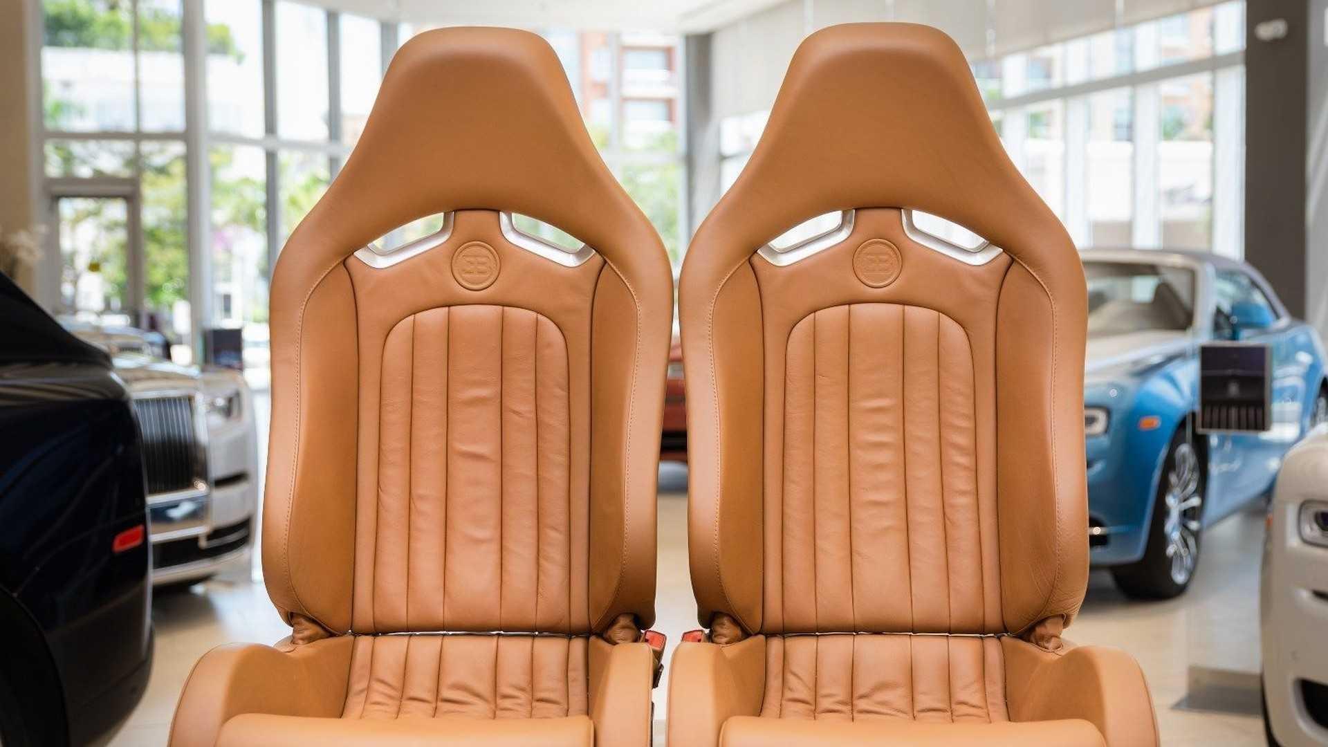 Chi tiết bộ nội thất trị giá 150.000 USD của Bugatti Veyron Ảnh 8