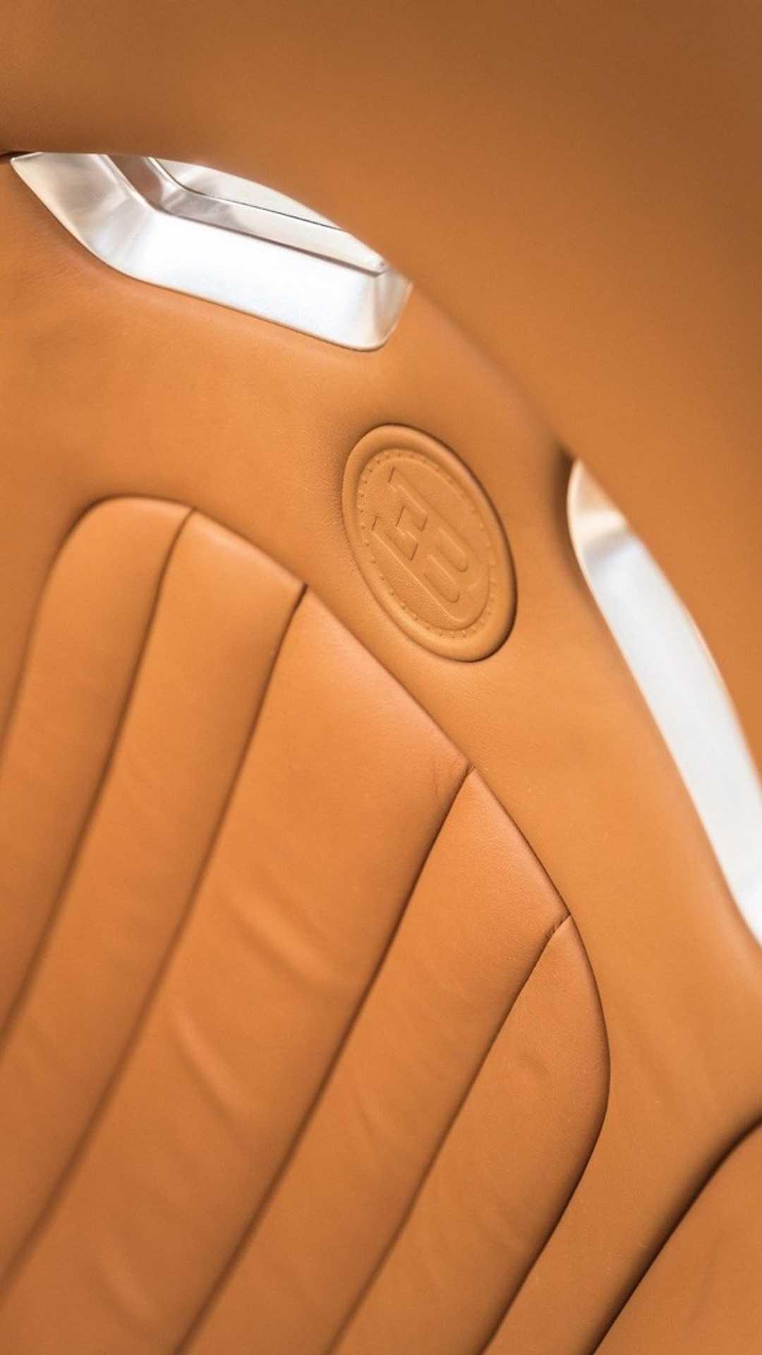 Chi tiết bộ nội thất trị giá 150.000 USD của Bugatti Veyron Ảnh 7