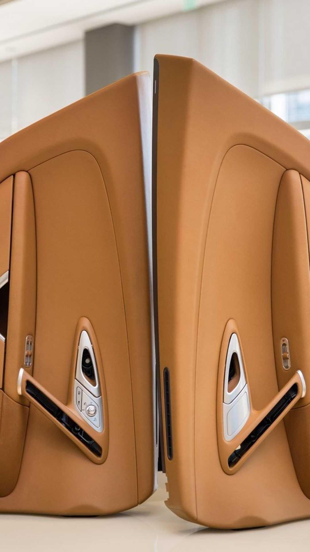 Chi tiết bộ nội thất trị giá 150.000 USD của Bugatti Veyron Ảnh 9