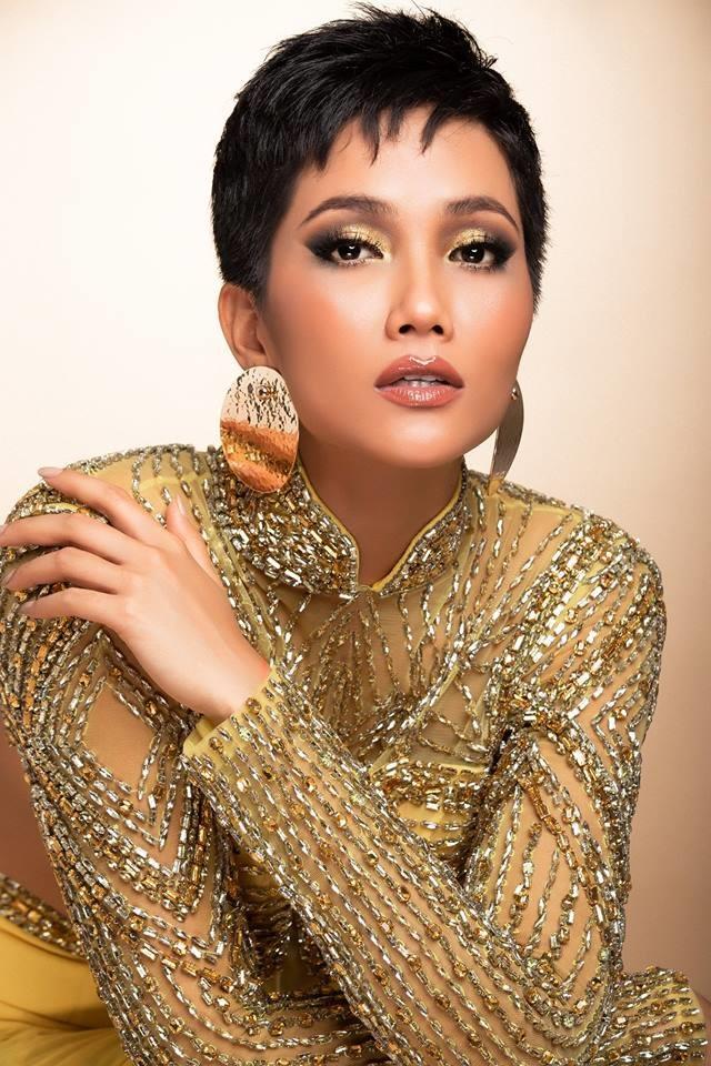 H'Hen Niê thử váy dạ hội, đẹp bí ẩn như nữ hoàng Ai Cập cổ đại Ảnh 12