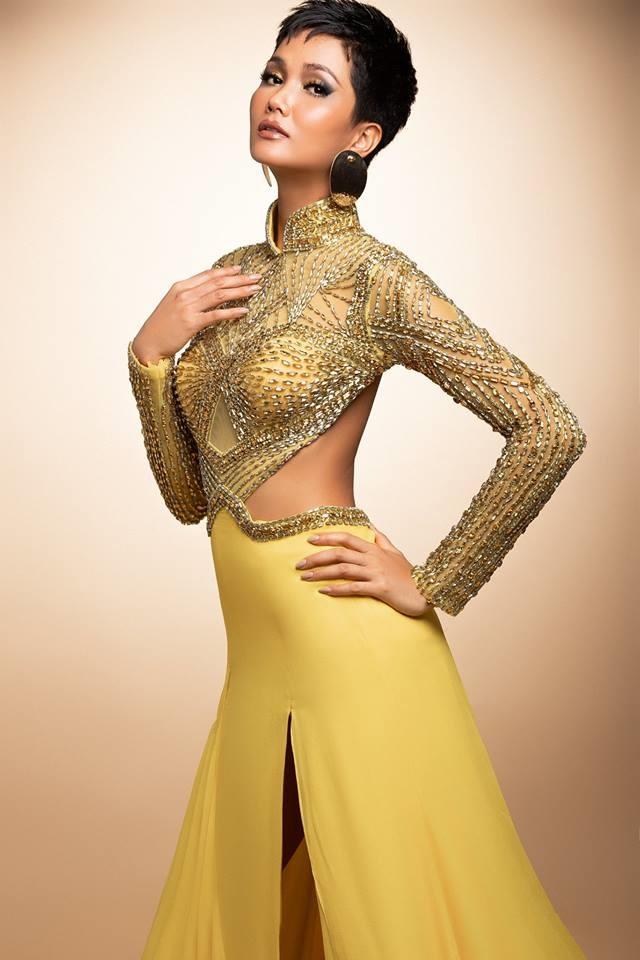 H'Hen Niê thử váy dạ hội, đẹp bí ẩn như nữ hoàng Ai Cập cổ đại Ảnh 10