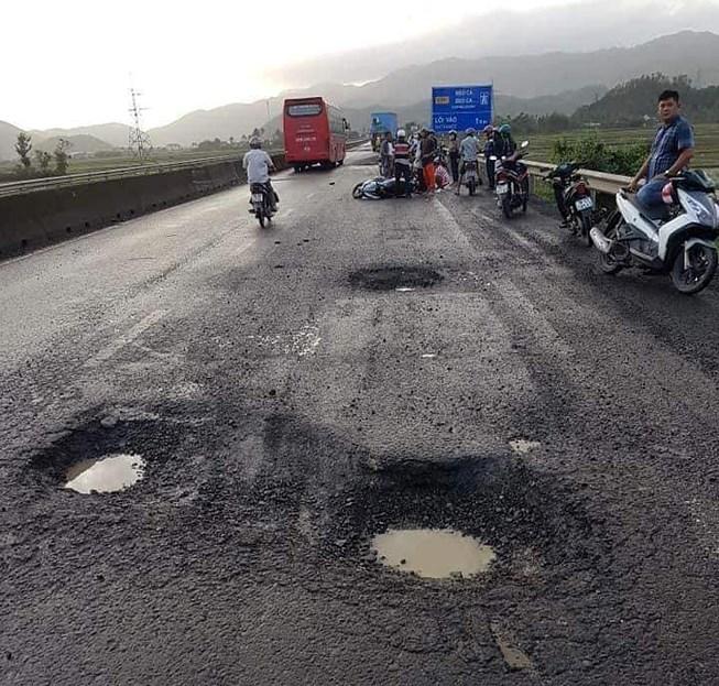 Đề nghị khởi tố vụ án sụp 'ổ gà' dẫn đến tử vong trên quốc lộ Ảnh 1