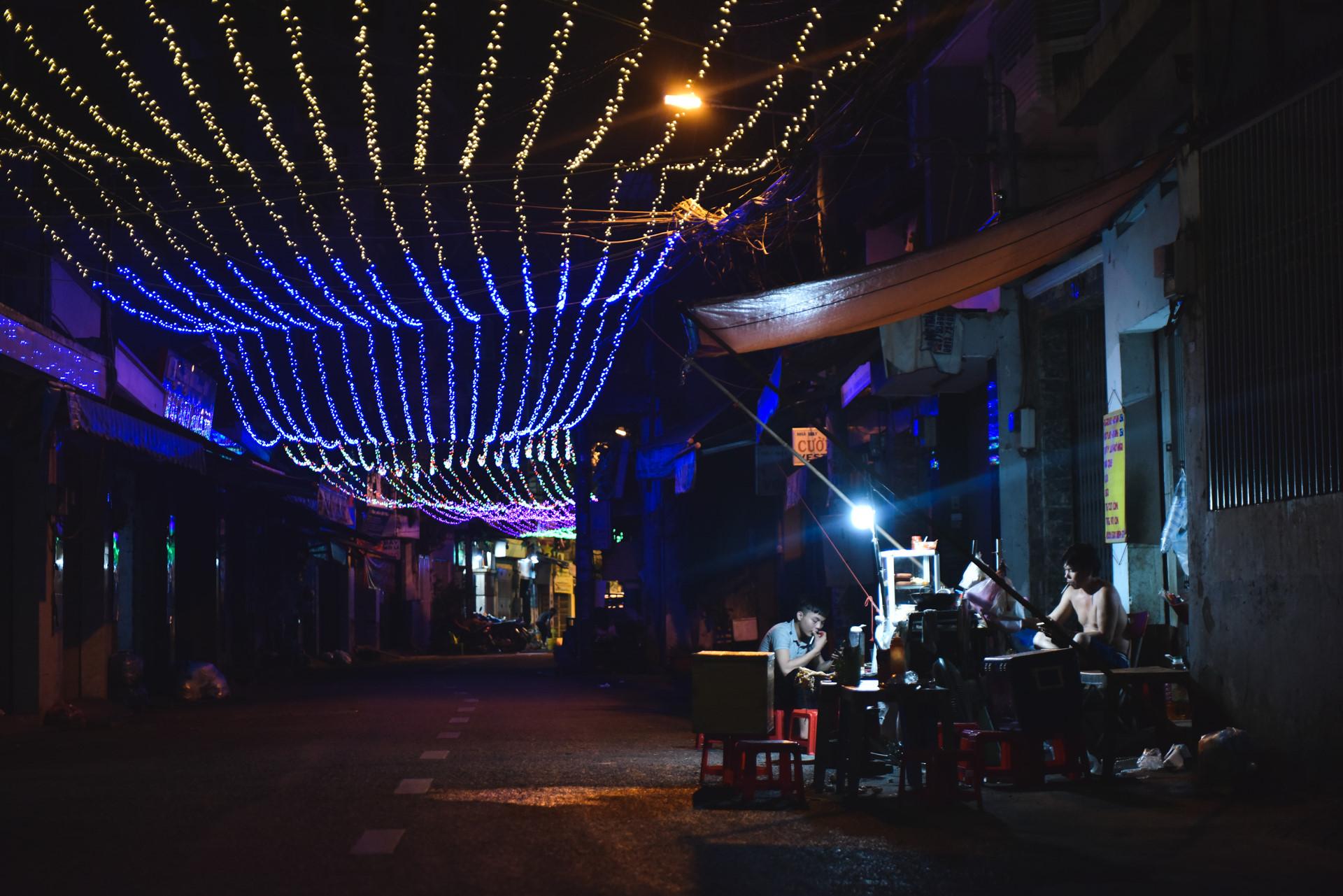 Có một giáng sinh lặng lẽ trong những con hẻm Sài Gòn Ảnh 11