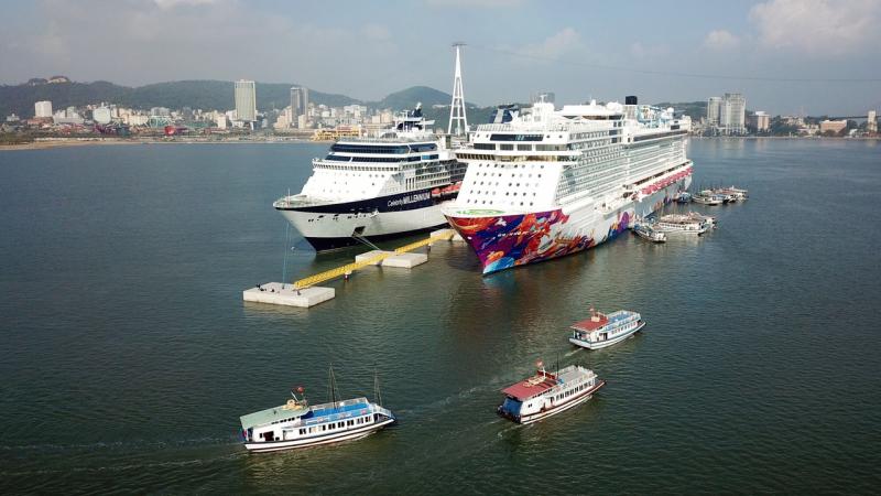 Cảng tàu khách Quốc tế Hạ Long lần đầu đón 2 tàu biển Ảnh 1