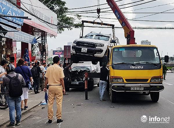 Đà Nẵng: Du khách nước ngoài kinh hãi với cú lùi 'xe điên' như phim Hollywood! Ảnh 9