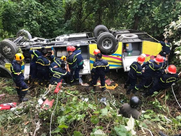 Gặp một vụ tai nạn giao thông thương tâm, cần làm gì để cứu được nhiều người? Ảnh 1