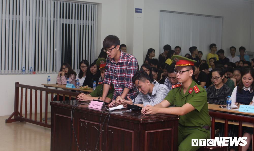 Sinh viên nhập vai, tranh tụng gay cấn trong phiên xử 'kỳ án đồi thông' Ảnh 6