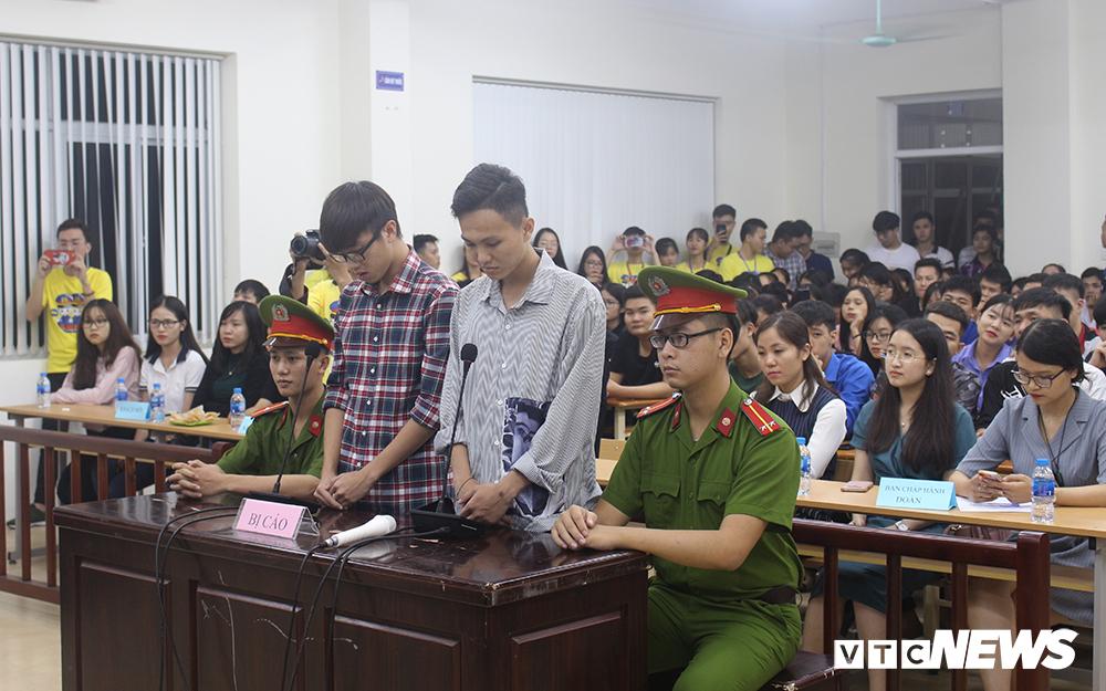 Sinh viên nhập vai, tranh tụng gay cấn trong phiên xử 'kỳ án đồi thông' Ảnh 5