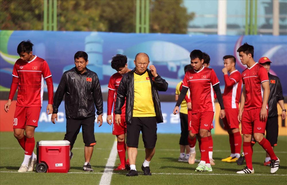 HLV Park Hang-seo: 'Đội tuyển Việt Nam sẽ gây bất ngờ trước Iran' Ảnh 1
