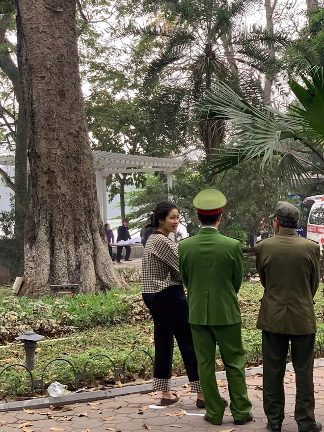 Hà Nội: Nam thanh niên đuối nước tại Hồ Hoàn Kiếm chưa rõ nguyên nhân Ảnh 3
