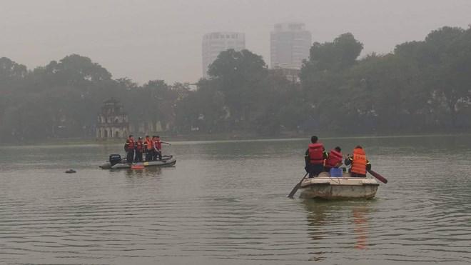 Hà Nội: Nam thanh niên đuối nước tại Hồ Hoàn Kiếm chưa rõ nguyên nhân Ảnh 2