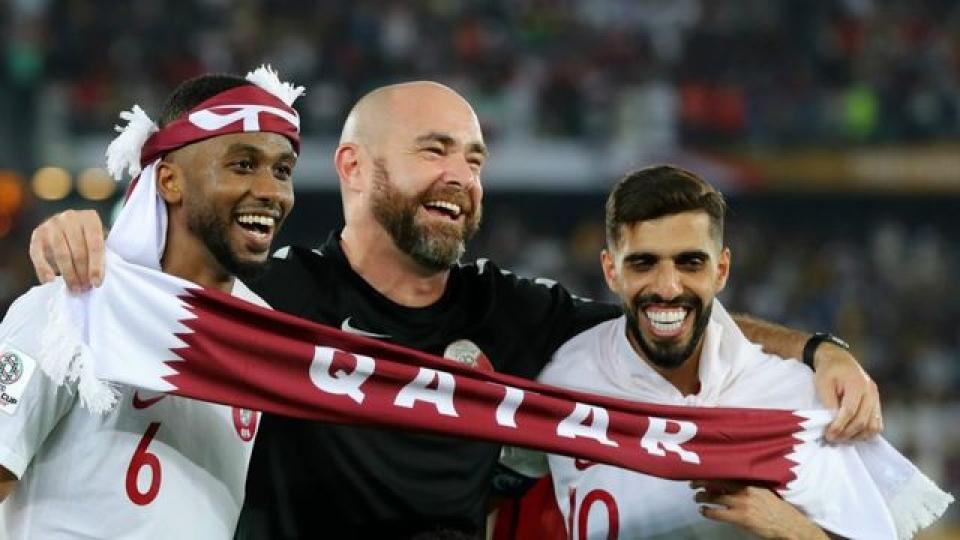 HLV Qatar nói gì sau khi đội nhà giành chức vô địch Asian Cup? Ảnh 1
