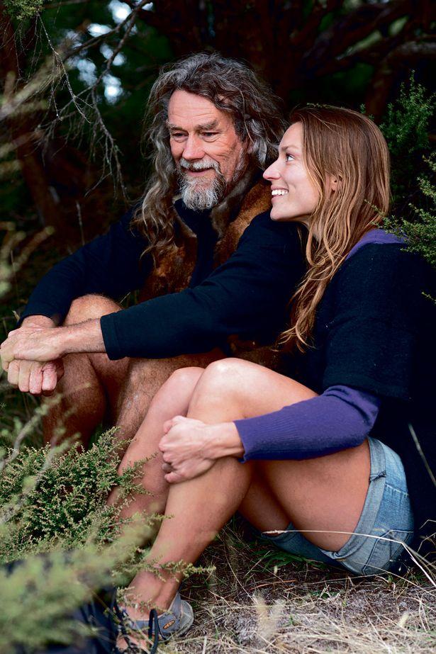 Bỏ nghề giáo viên, người phụ nữ New Zealand vào rừng làm 'Tarzan phiên bản nữ' Ảnh 2