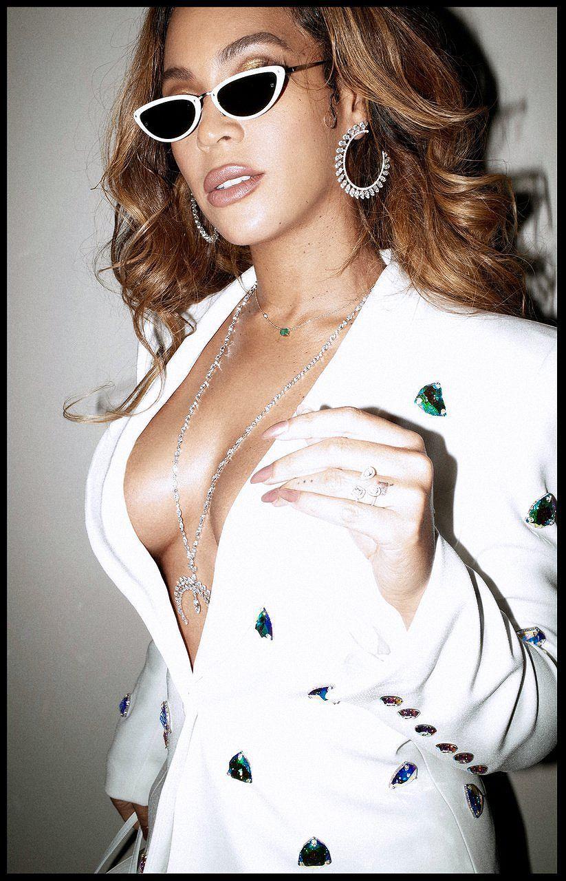 Không nội y, Beyonce khiến người xem 'bỏng mắt' trong loạt ảnh mới Ảnh 3
