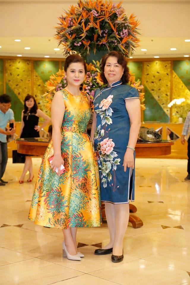 Phong cách thời trang của bà Lê Hoàng Diệp Thảo Ảnh 18