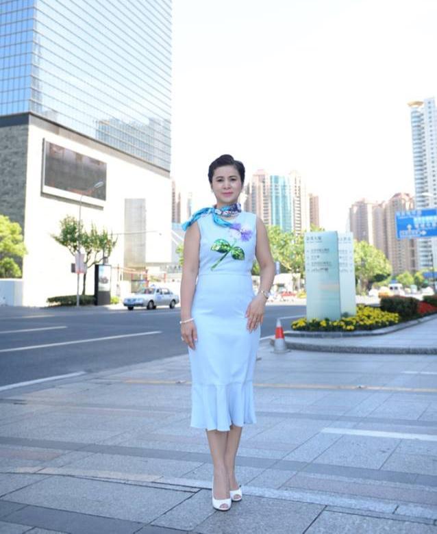 Phong cách thời trang của bà Lê Hoàng Diệp Thảo Ảnh 20