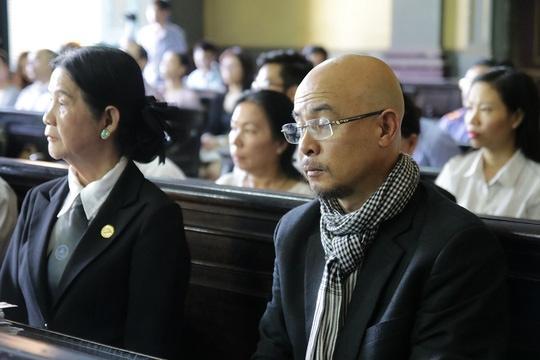 Diễn biến vụ xử tranh chấp ly hôn giữa ông bà chủ cà phê Trung Nguyên Ảnh 7