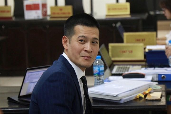 Xử vụ Tuần Châu - đạo viễn Việt Tú: Tranh cãi căng thẳng đến tối muộn Ảnh 1