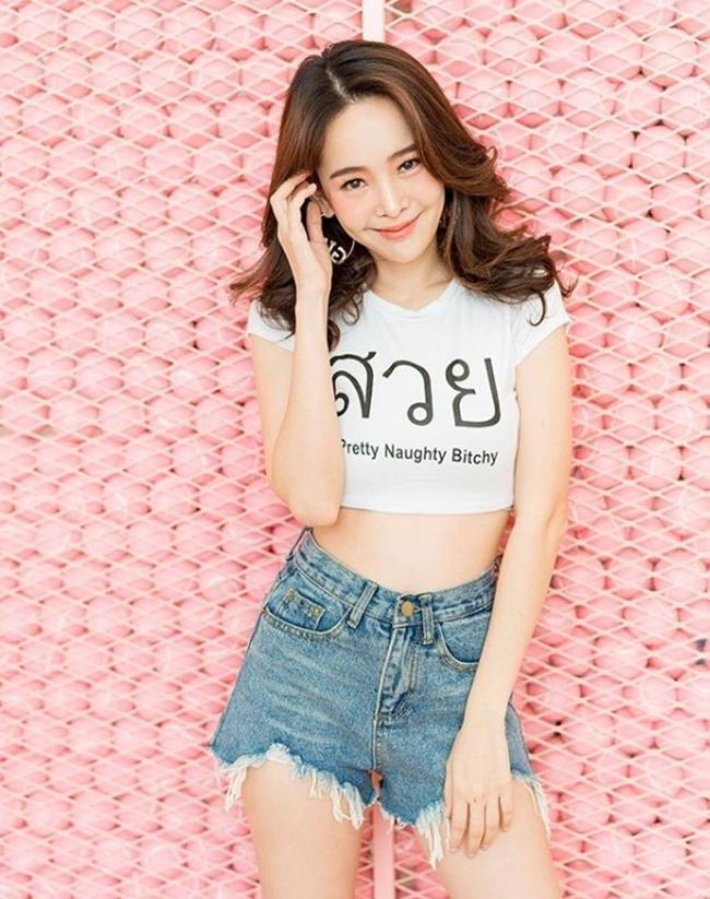 'Đặc sản' phô bày đường cong gợi cảm của phụ nữ trẻ Thái Lan Ảnh 1