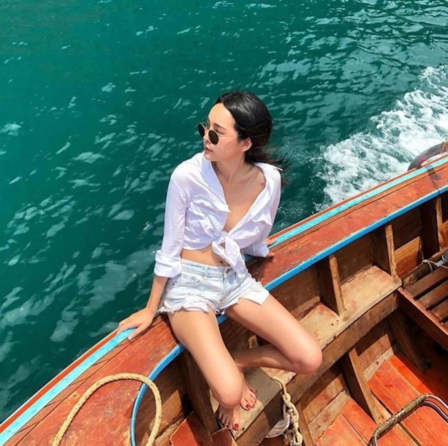 'Đặc sản' phô bày đường cong gợi cảm của phụ nữ trẻ Thái Lan Ảnh 10