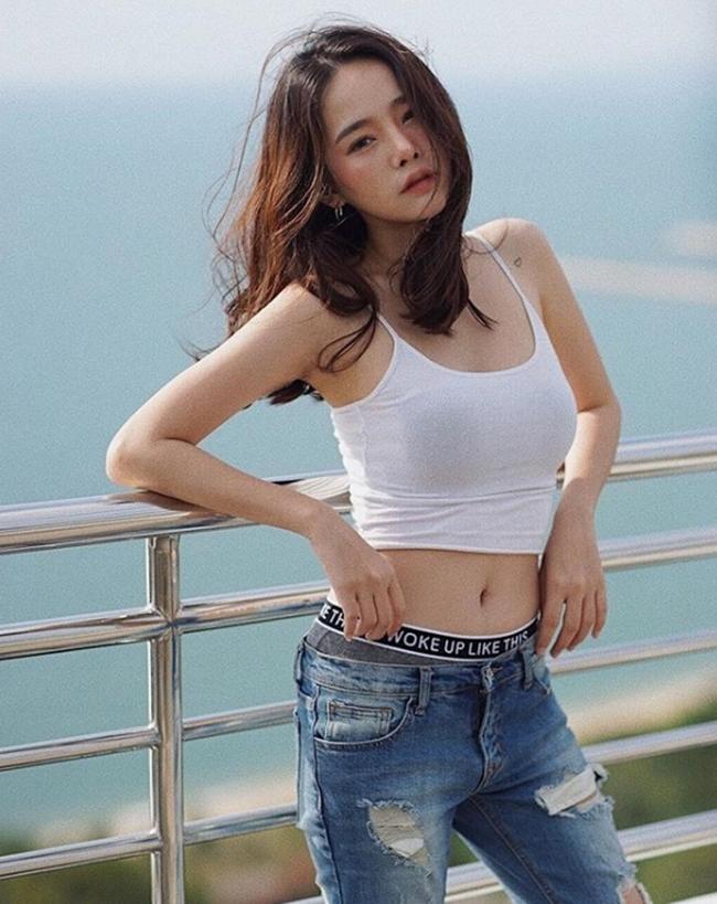 'Đặc sản' phô bày đường cong gợi cảm của phụ nữ trẻ Thái Lan Ảnh 3