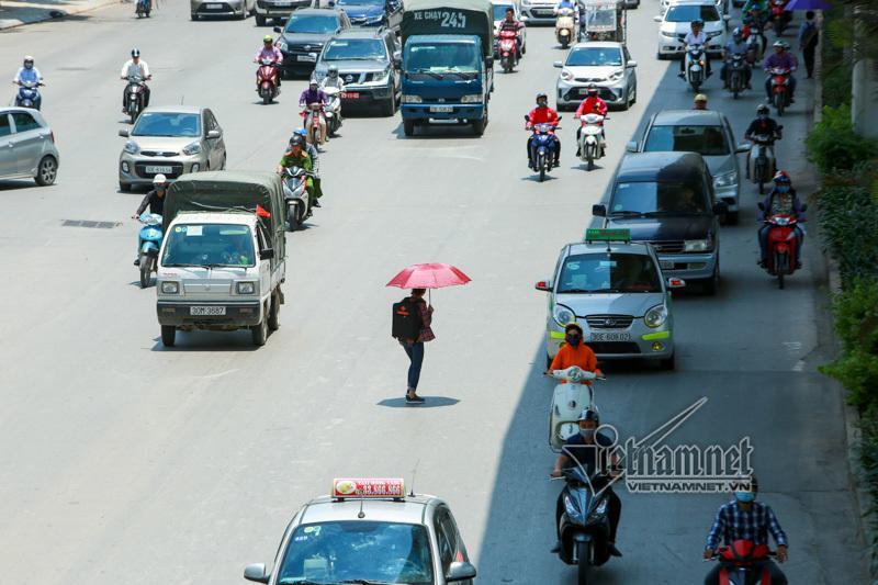 Người Việt lười biếng nên mới phản đối cấm xe máy Ảnh 2