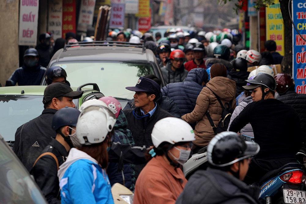 Người Việt lười biếng nên mới phản đối cấm xe máy Ảnh 3