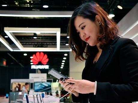 Huawei xác nhận làm hệ điều hành riêng để phòng Mỹ siết cấm vận ảnh 1