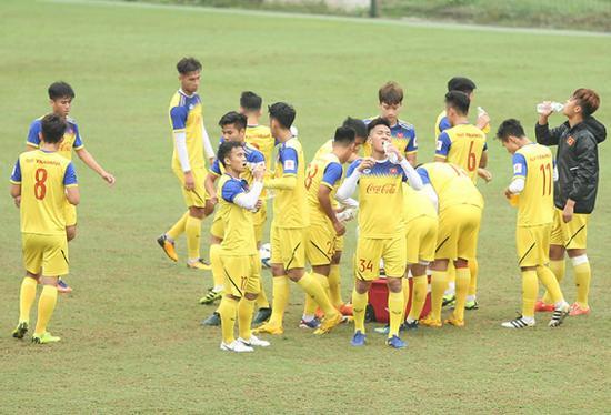 Quang Hải trở lại, ông Park chia tay 5 cầu thủ Ảnh 2