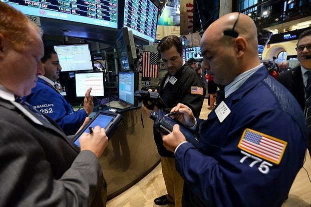 Khối ngoại gom mạnh bluechip, mua ròng gần 180 tỷ đồng trong phiên 19/3 ảnh 1