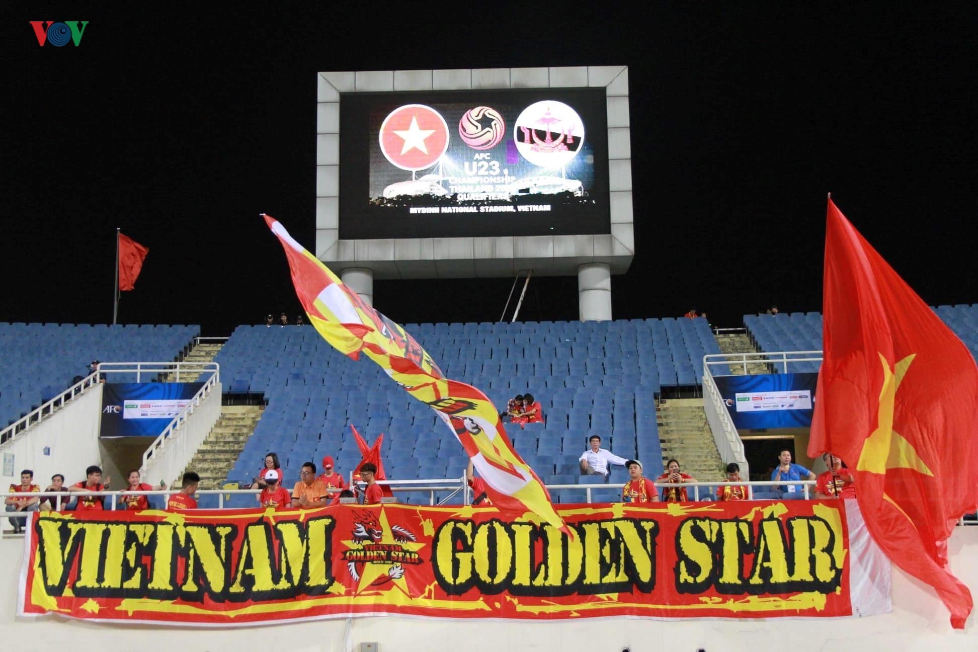 Khoảng lặng trên sân Mỹ Đình trước trận đấu U23 Việt Nam vs U23 Brunei Ảnh 6