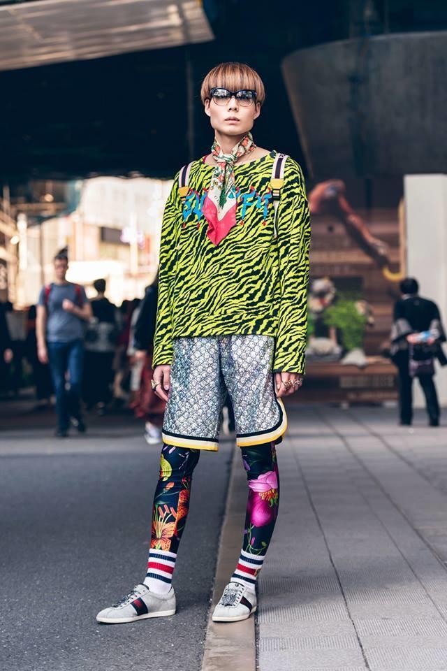 Street style Tokyo - giới trẻ Nhật mặc dị nhưng vẫn hợp xu hướng Ảnh 8