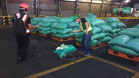 Bộ Công an phối hợp với cảnh sát Philippines chặt đứt đường dây ma túy đá 'khủng' Ảnh 2