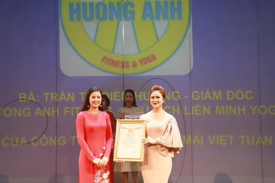 Chủ tịch liên minh Yoga thế giới tại Đông Nam Á là nữ hoàng ngành làm đẹp Ảnh 4