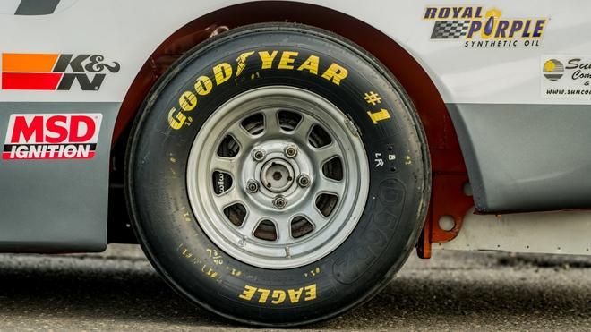 Chiếc xe đua từng xác lập kỷ lục Guinness được bán đấu giá Ảnh 13