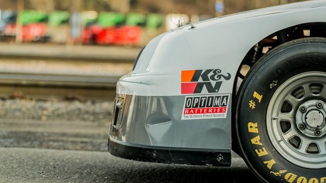Chiếc xe đua từng xác lập kỷ lục Guinness được bán đấu giá Ảnh 12