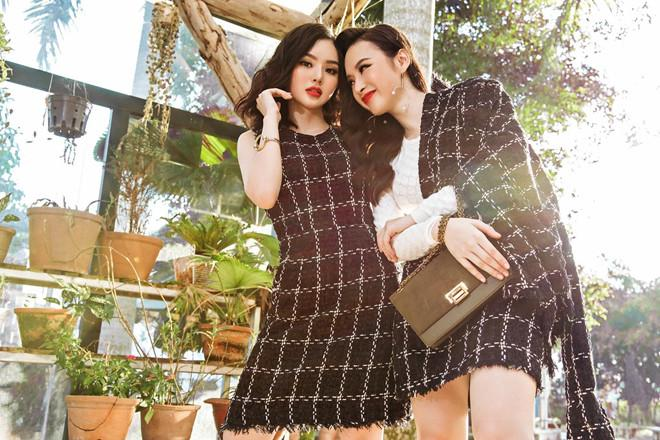 Nhìn gu ăn mặc hở bạo của Angela Phương Trinh và Phương Trang, đúng là chị em ruột có khác! Ảnh 11