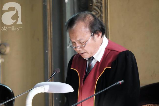 Những điều đặc biệt về vị chủ tọa trong phiên tòa vụ ly hôn nghìn tỷ của Trung Nguyên Ảnh 4