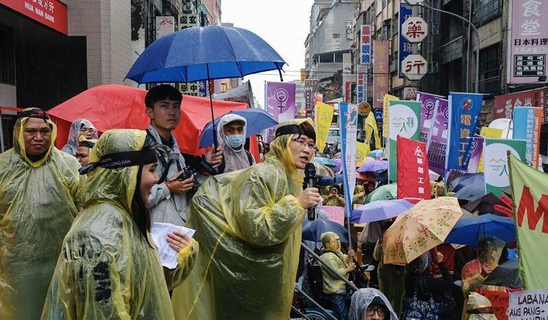 Tại sao hàng ngàn công nhân Việt làm việc 'chui' tại Đài Loan? Ảnh 3