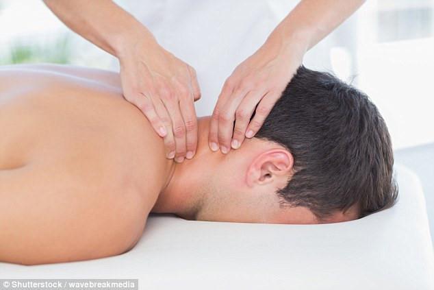 Chàng trai 27 tuổi chết sau khi massage, bác sĩ tiết lộ nguyên nhân không ngờ Ảnh 1