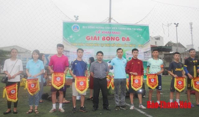 Khai mạc giải bóng đá Sinh viên Thanh Hóa mở rộng lần thứ VI năm 2019 tại TP Vinh Ảnh 1