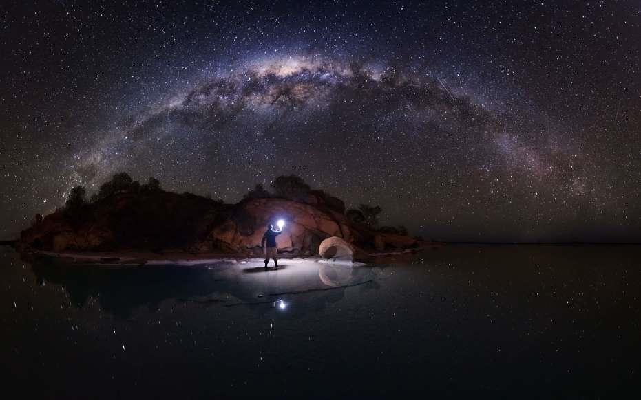 Lạc giữa Ngân Hà qua những bức ảnh trời đêm đẹp 'nghẹt thở' Ảnh 4