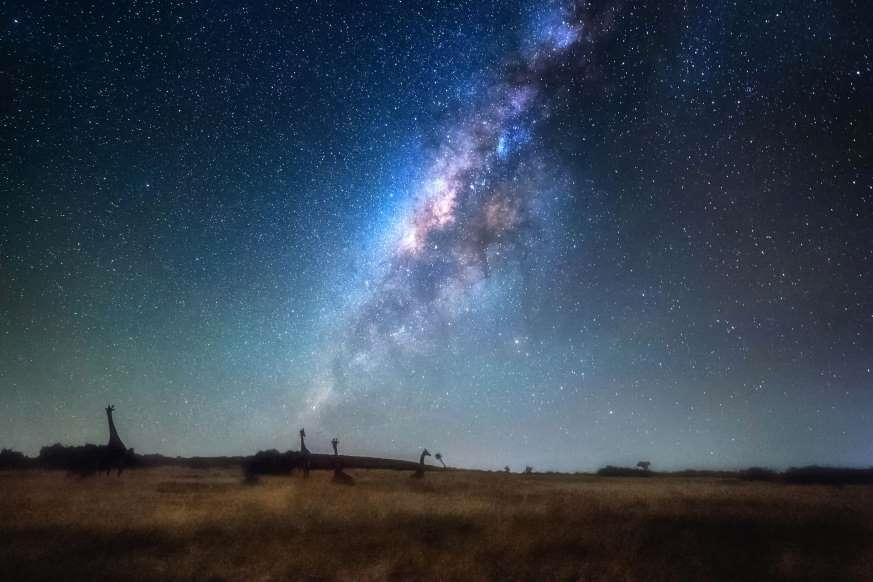 Lạc giữa Ngân Hà qua những bức ảnh trời đêm đẹp 'nghẹt thở' Ảnh 2