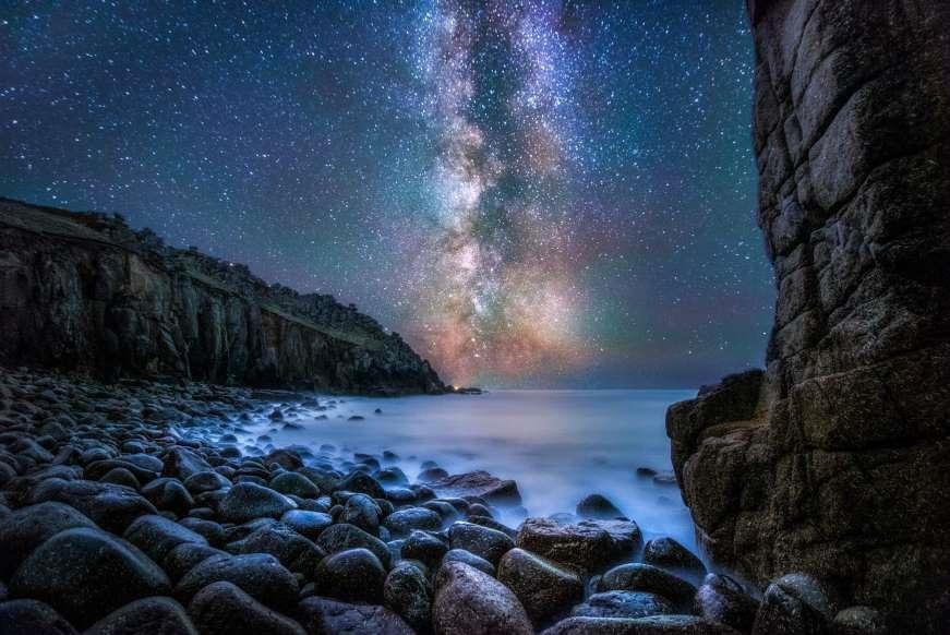 Lạc giữa Ngân Hà qua những bức ảnh trời đêm đẹp 'nghẹt thở' Ảnh 1