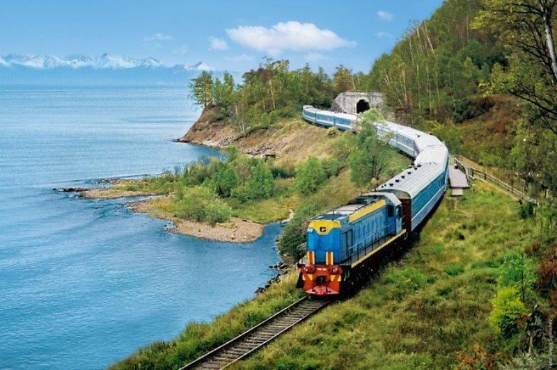 Nỗi nhớ nhung lạ kỳ trên những đoàn tàu, trên mỗi sân ga Ảnh 1